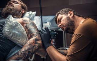 Анестезия при нанесении татуировки