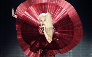 Платья Леди Гага