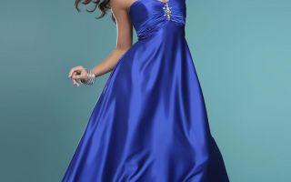 Платье синего цвета в современных модных тенденциях
