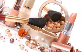 Преимущества использования декоративной косметики