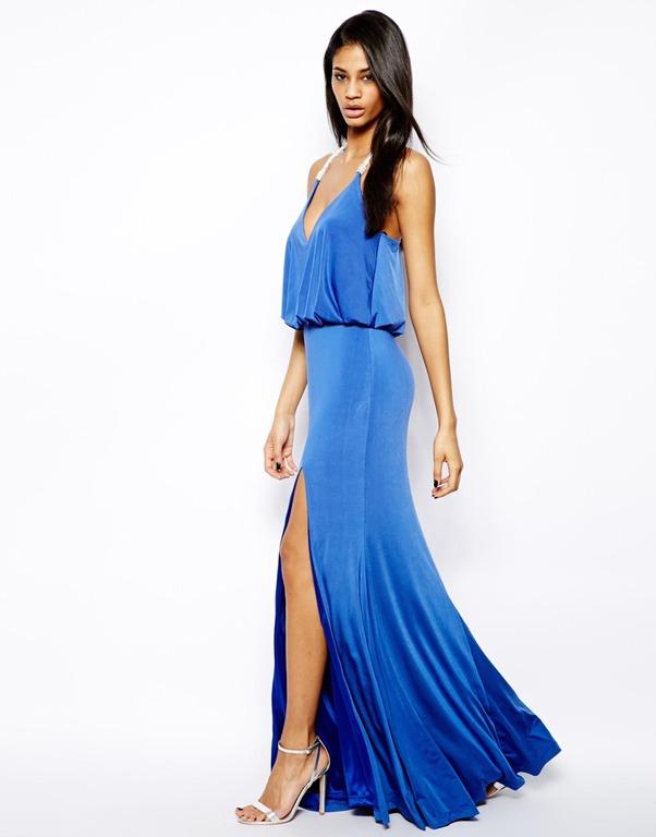 Синее платье с летящей юбкой