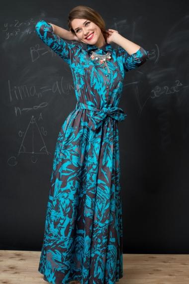Платье из ткани с красивым орнаментом