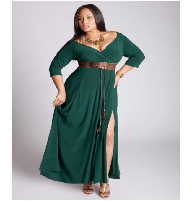 Темно-зеленое платье для дам с пышными формами