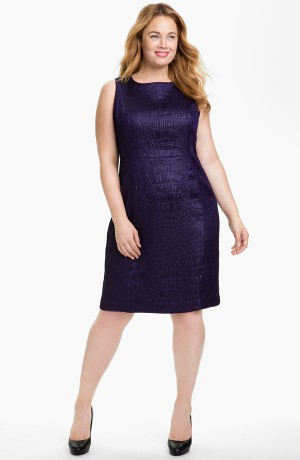 Платье-футляр для девушек с нестандартными фигурами