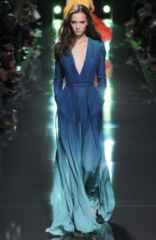 Синий цвет платья с зеленоватым отливом