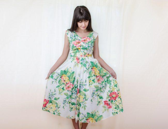 Платье из штапеля для полных дам