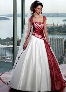 Платье в розовых и жемчужных тонах