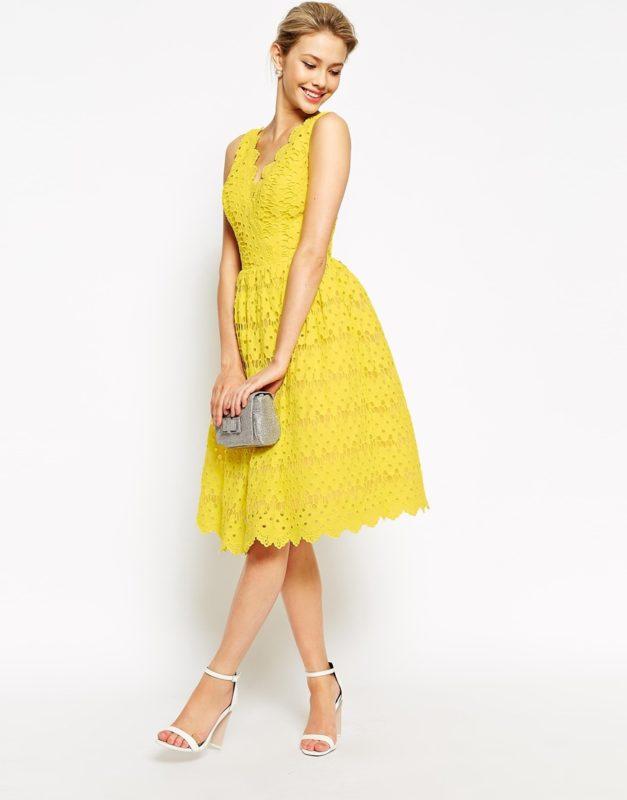 Красивое платье длины миди