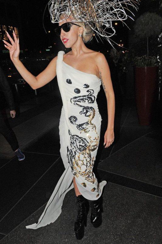 Неординарный стиль леди Гага