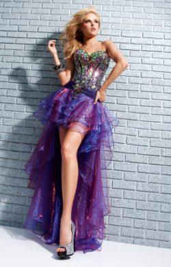 Платье аквамаринового цвета