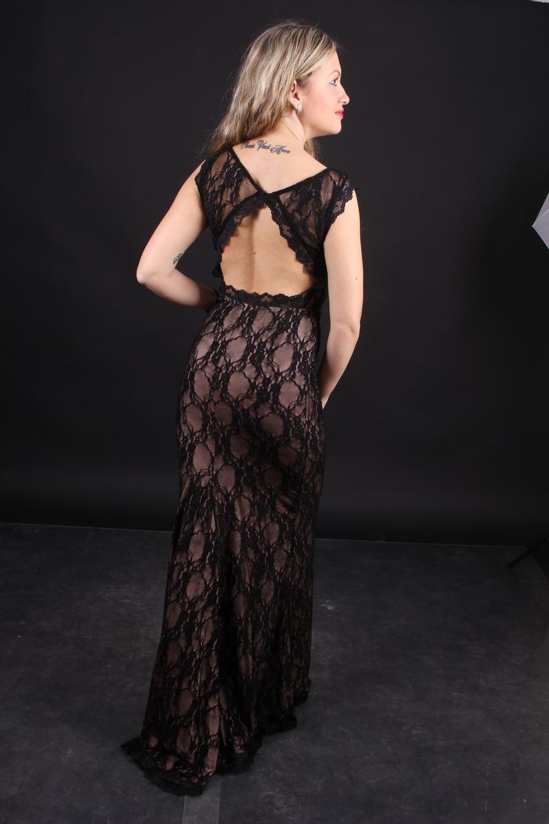 фото платьев из кружевного полотна