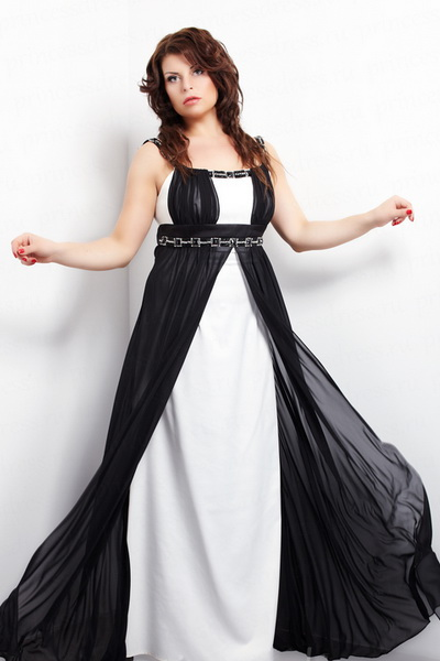 Платье из шифона в греческом стиле