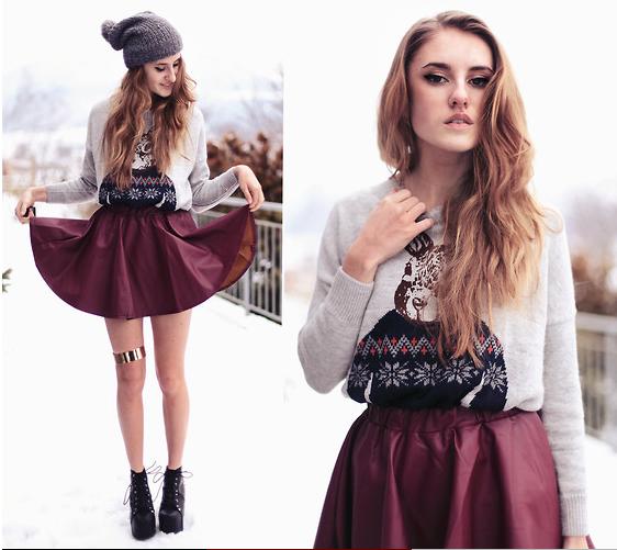 бордовая короткая юбка