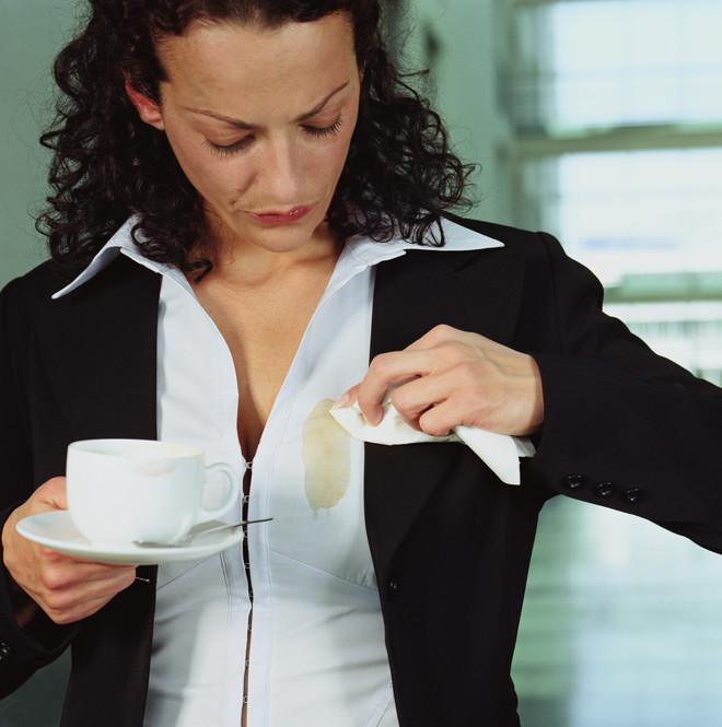 Как и чем отстирать пятна от кофе. Эффективные методы